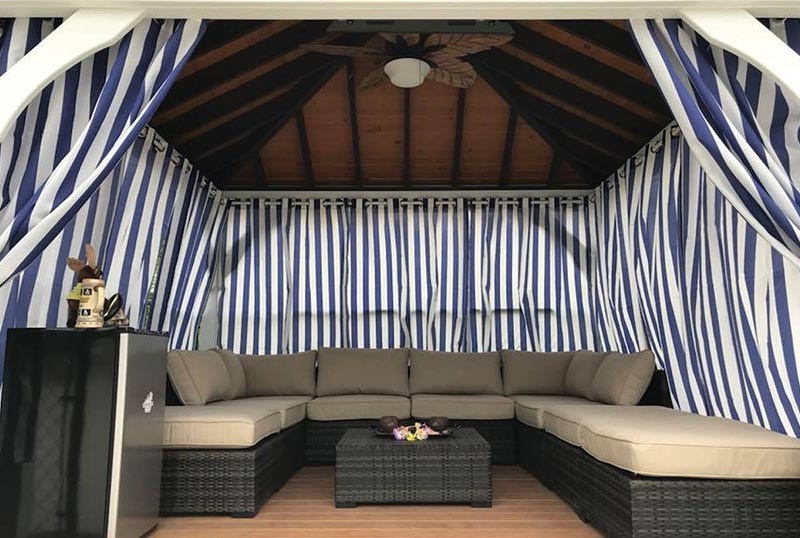 Luxury poolside cabana for rent at Moost Hillock RV Park