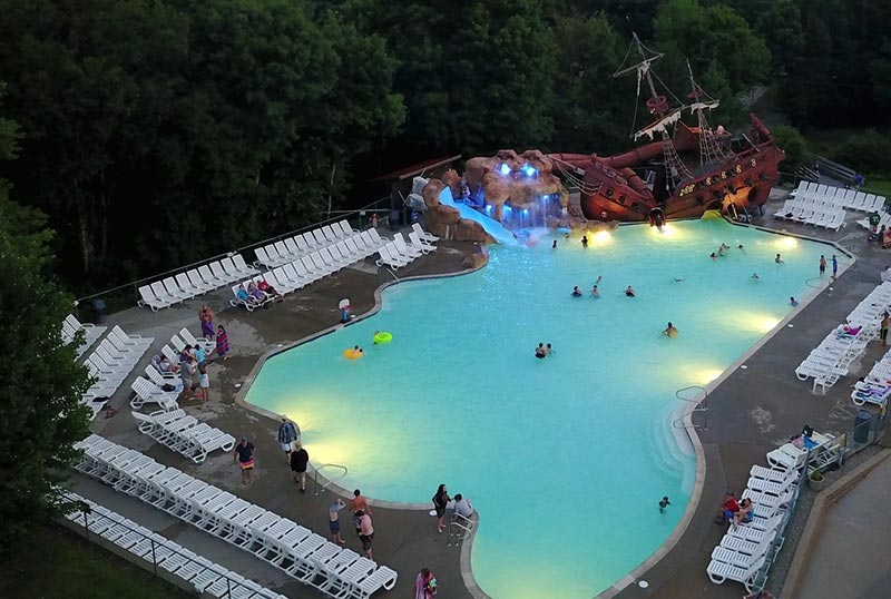 Blue Lagoon Tropical Pool at RV Park in White Mountains, NH