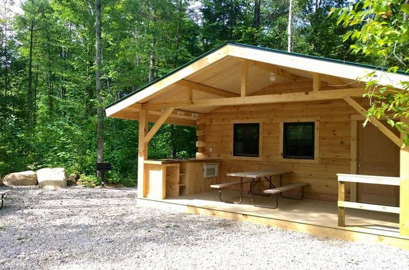 Lake George Cabin rental at Moose Hillock Camping Resort