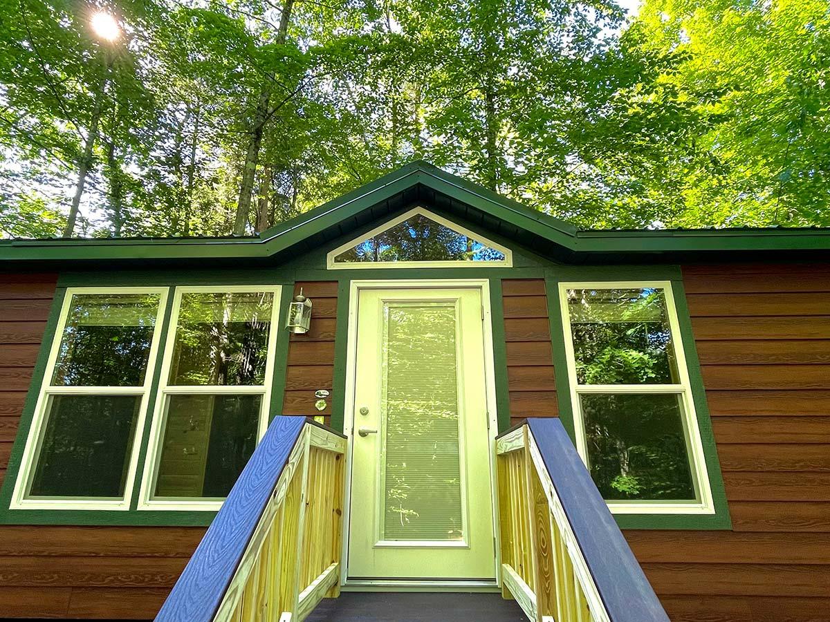 Deluxe Cabin front door